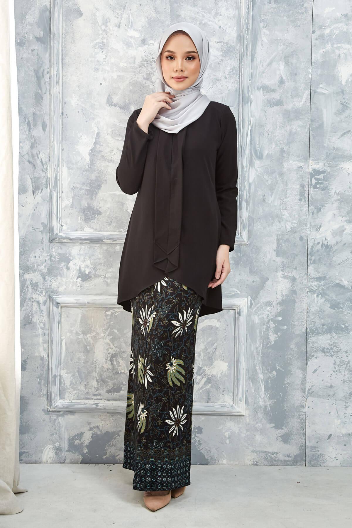 Kurung Inari Black
