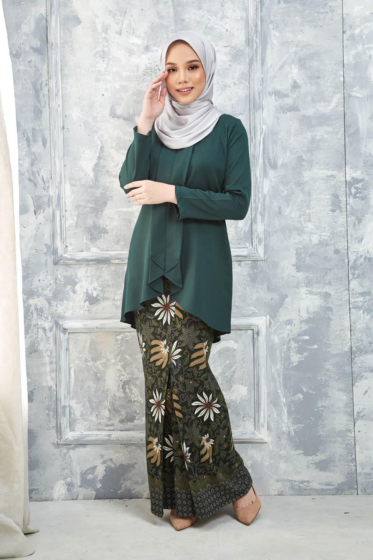 Kurung Inari Emerald