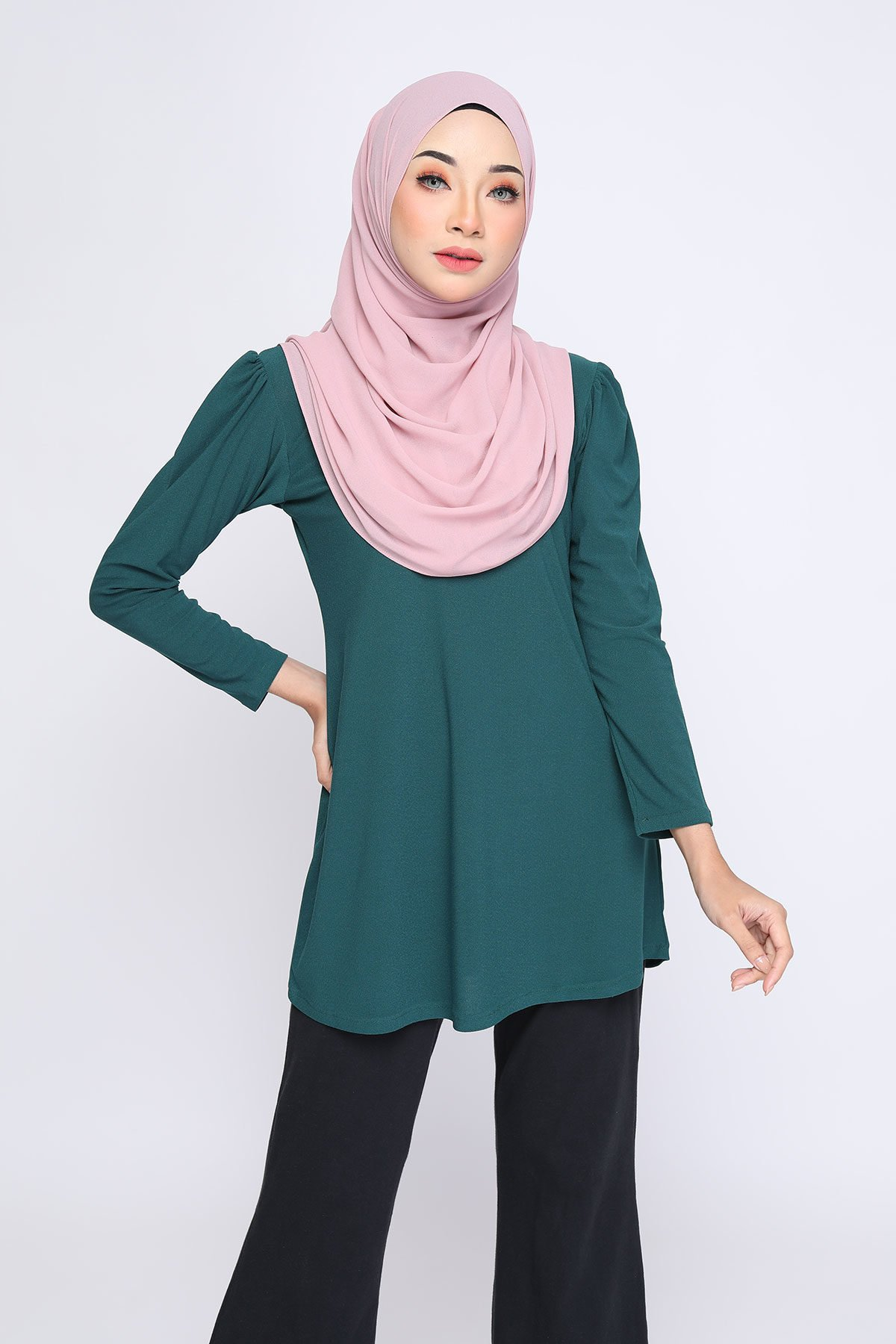 Aisyah Emerald Green